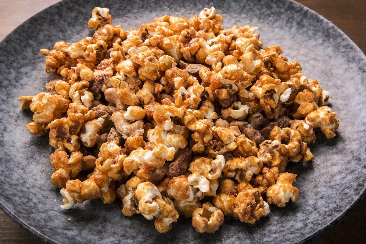 рецепта за карамелизирани пуканки