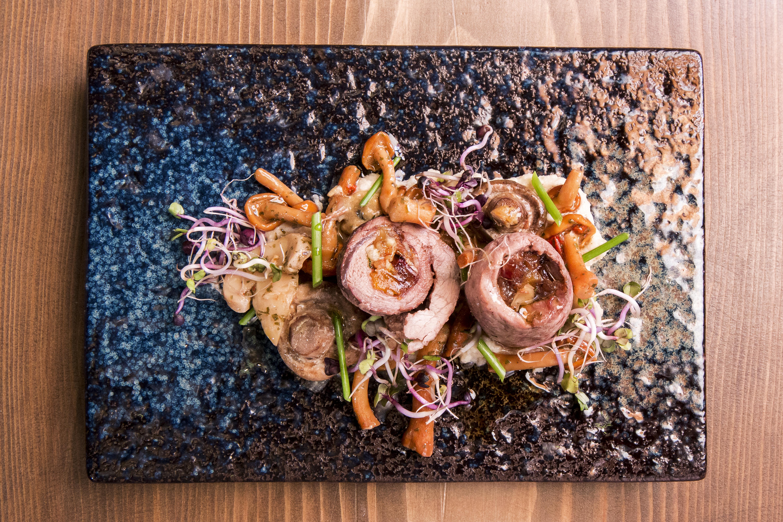рецепта за свински руладини със зеленчуци